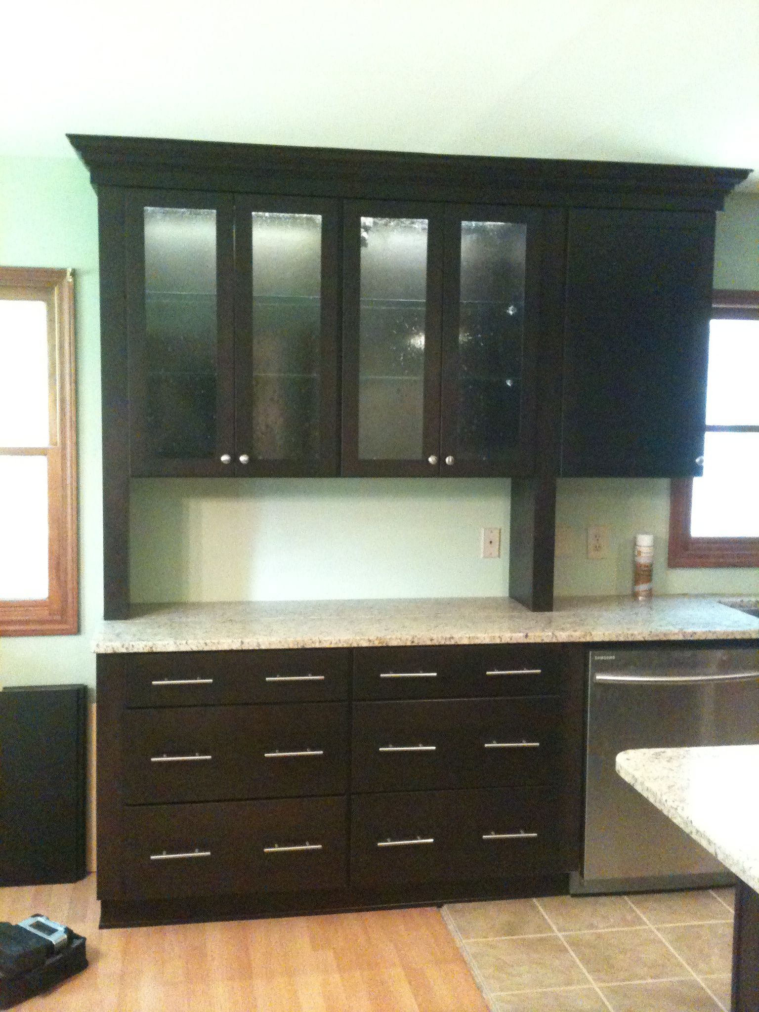 Diamond Vibe Cabinets Diamond Vibe Cabinetry Bryant Door Dark Ale On Maple Giallo