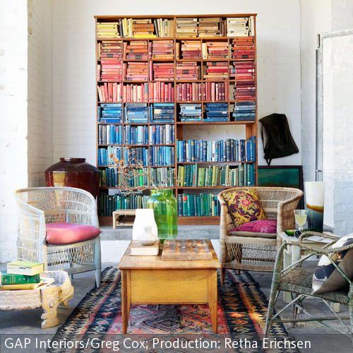Wohnzimmer Umgestalten, Haus Wohnzimmer, Wohnzimmer Ideen,  Regenbogenfarben, Farben Sortieren, Innenarchitektur,
