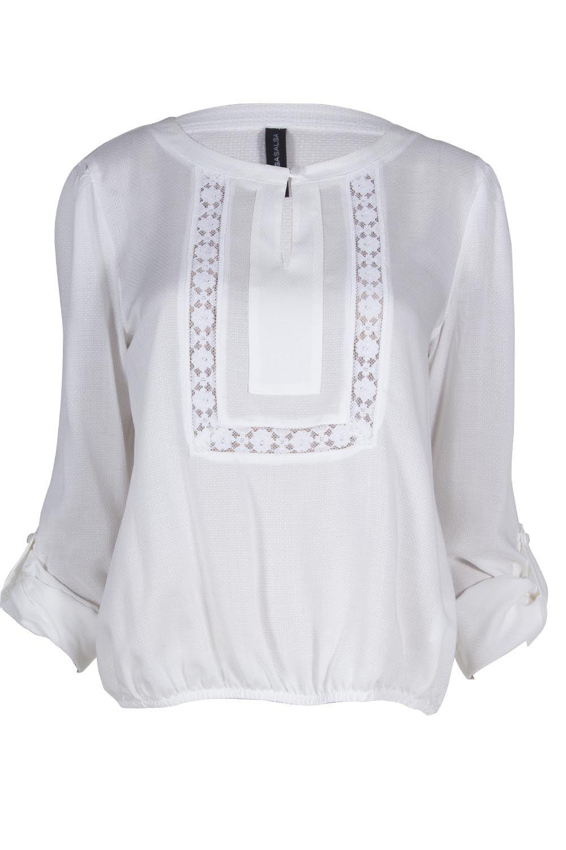 Blusa blanca con detalle etnico al frente  42d4a355780