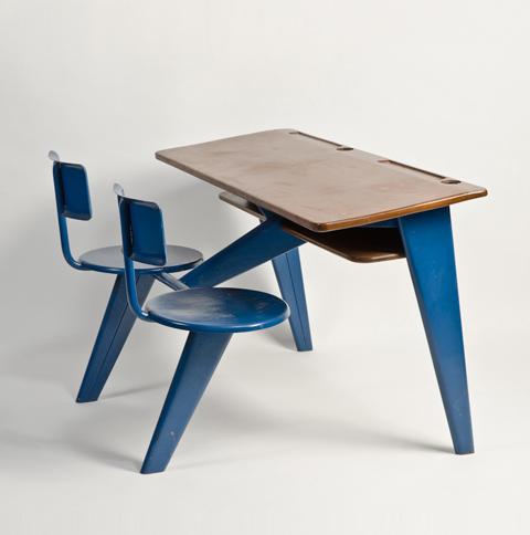 Jean prouv desk furniture pinterest meubles pour for Meuble bureau nancy