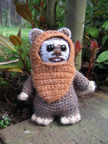 Wicket the Ewok - now with tutorial on p9! Update on p13. *PDF pattern attached* - CROCHET