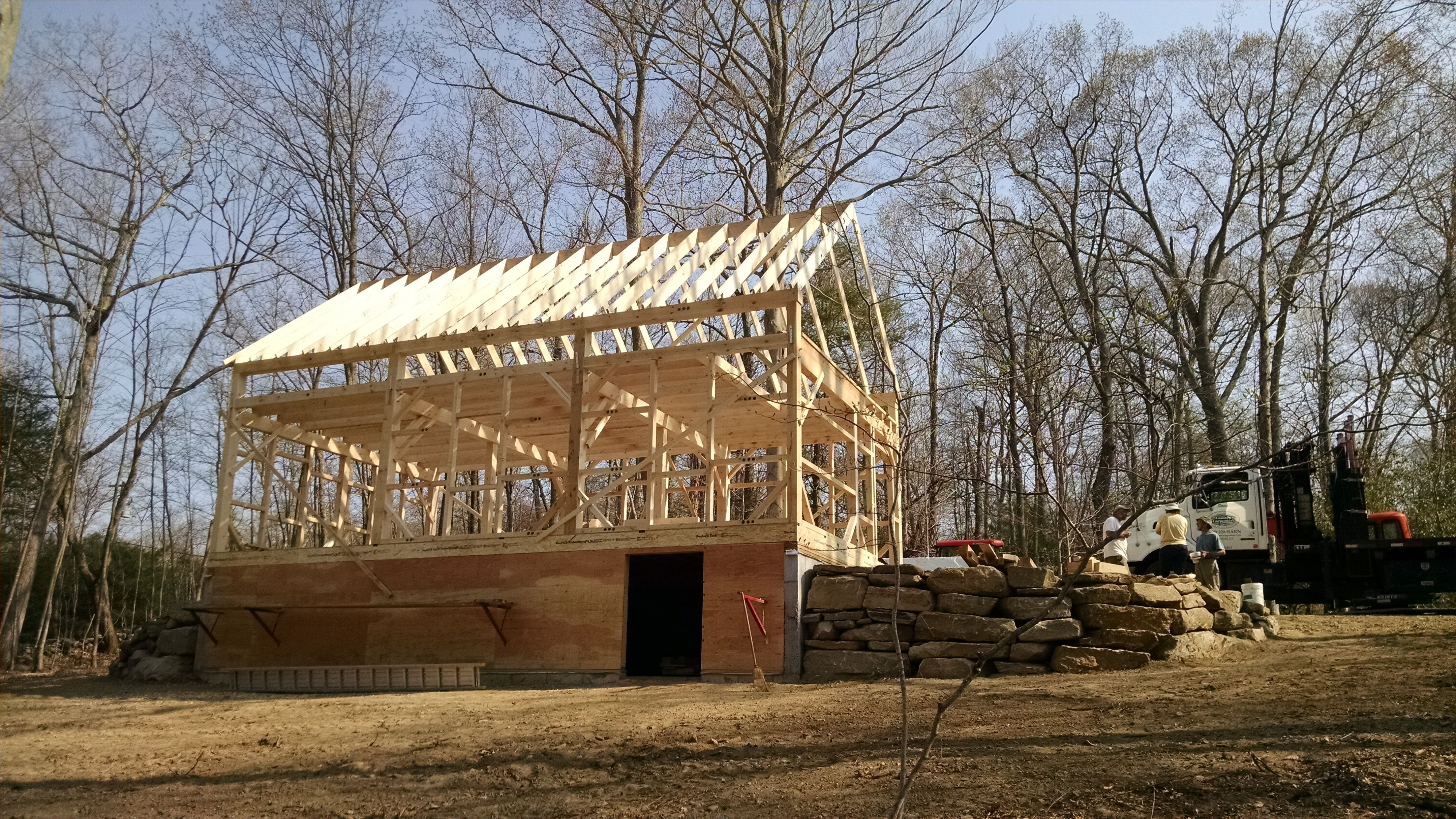 Our 24 X 36 1 1 2 Story Barn Www Countrycarpenters Com Bank Barn House Exterior Small Barns