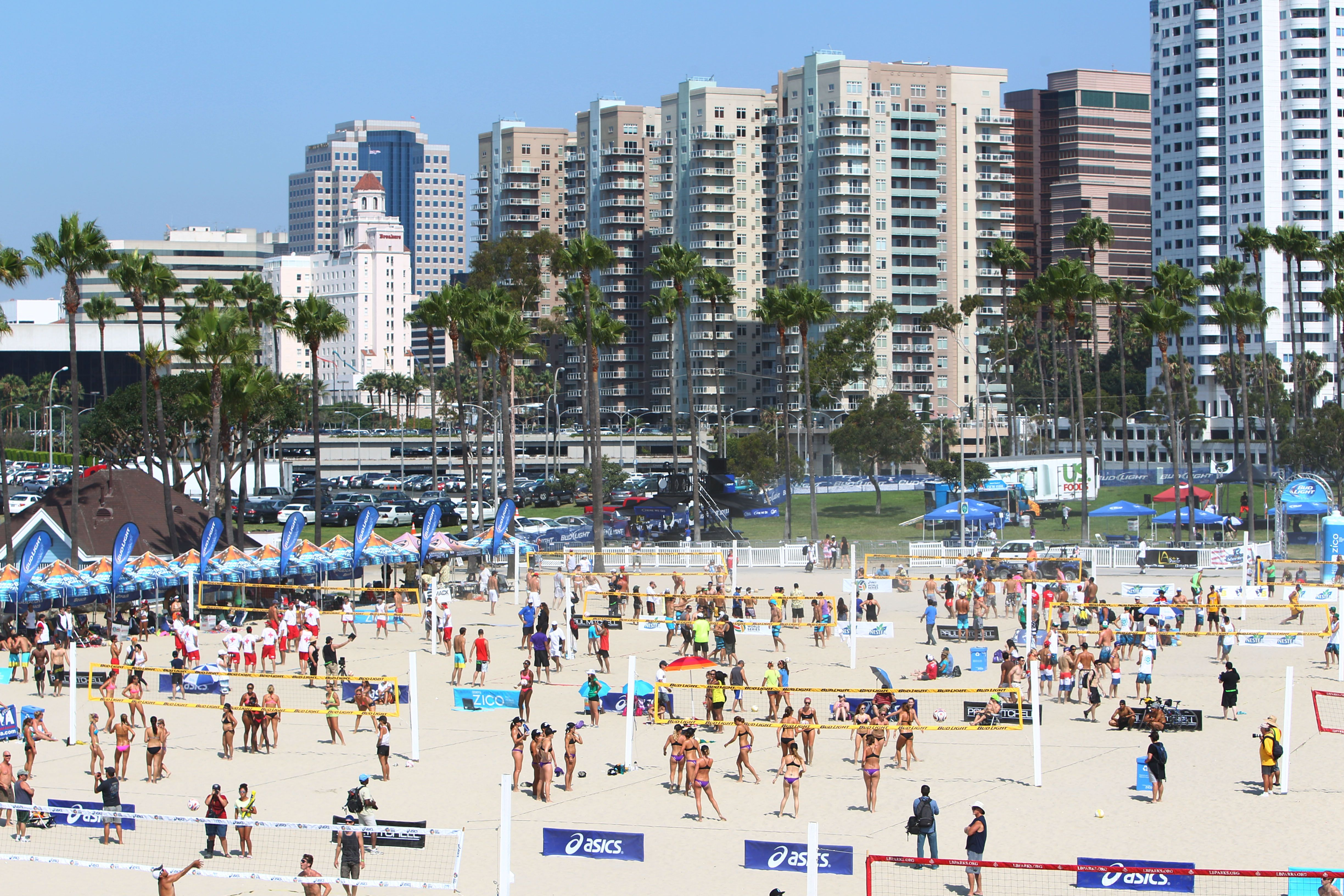Volleyball Tournament On The Beach Walkable City