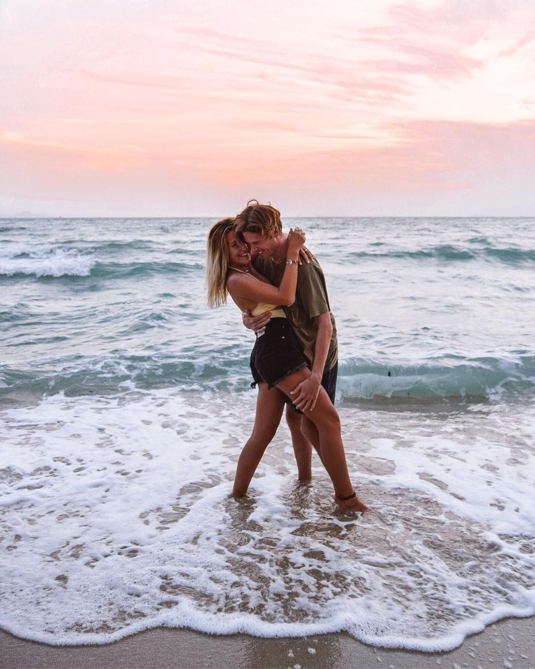 """, Charlie & Lauren on Instagram: """"One of the most important lessons in life is to be true to yourself. 🤙🏼 Is what you're doing right now making you happy? If it's not then…"""", Travel Couple, Travel Couple"""