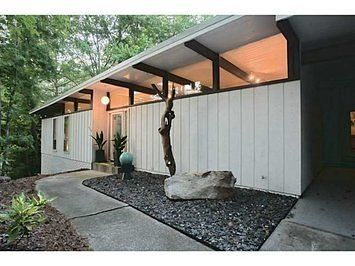 This Classic Mid-Century Modern Is Keeping It Real | Curbed Atlanta