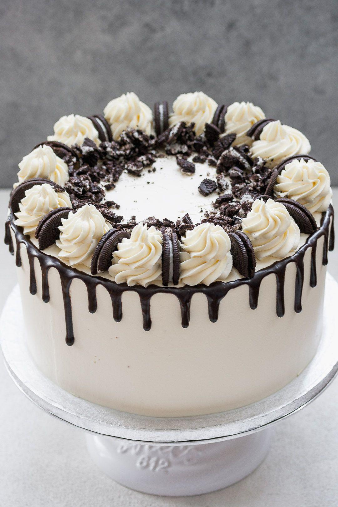 Oreo Drip Cake   Oreo cake recipes, Drip cakes, Easy cake ...