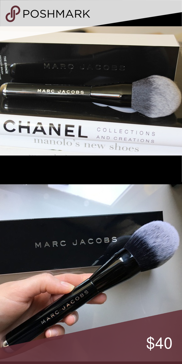 Authentic Marc Jacobs Bronzer brush Bronzer brush Marc Jacobs Makeup Brushes & Tools
