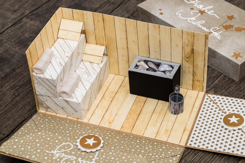 explosionsbox zu weihnachten zum verschenken eines sauna gutscheins eigene karten boxen. Black Bedroom Furniture Sets. Home Design Ideas