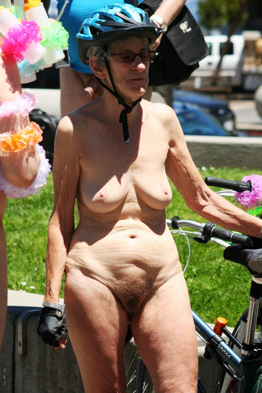 granny solo : photo | ню велосипедное | pinterest | soloing