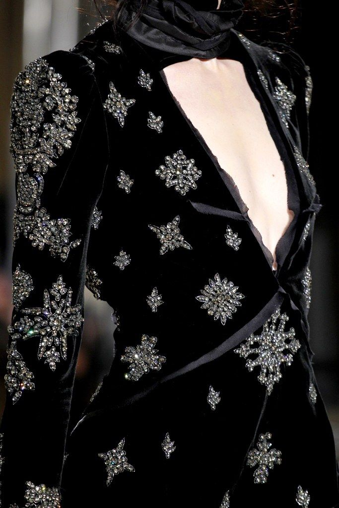Emilio Pucci Fall 2011 Ready-to-Wear Fashion Show