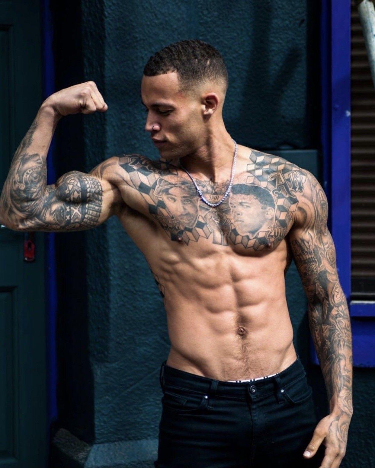 Pin By Viom Wian On Tatuajes Iv Fitness Inspiration Muscle Hunks Workout