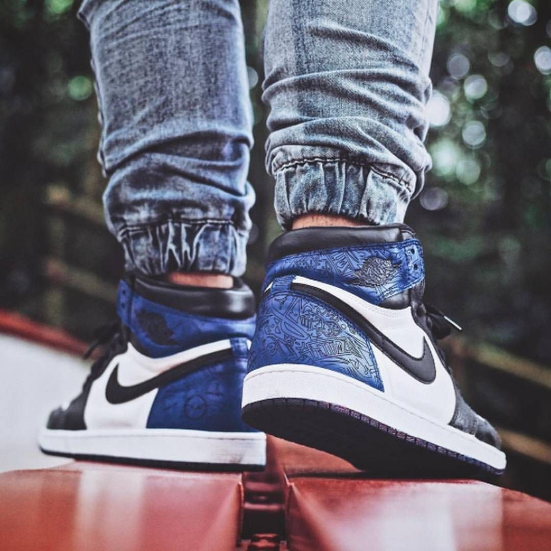 bd283cd02d76 Air Jordan 1