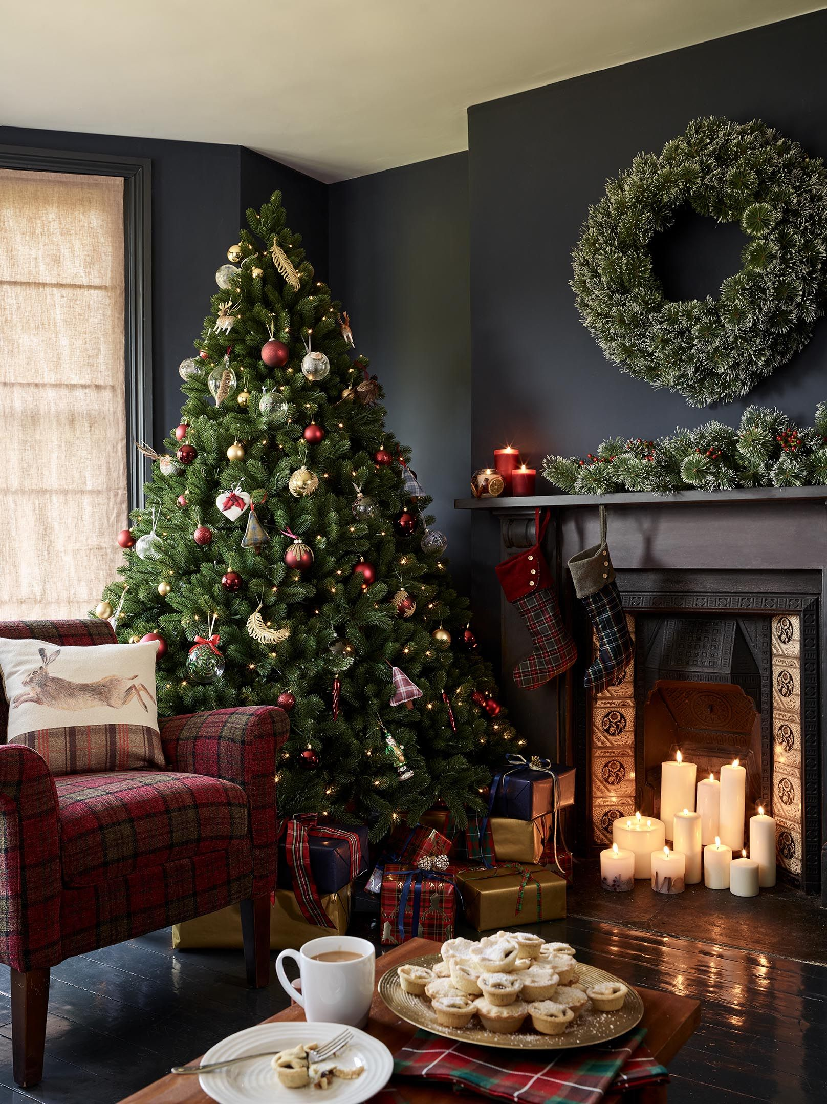 December 18 Uk Edition Of The English Home On Sale Now The English Home Christmas Decorations Apartment Christmas Apartment Christmas Interiors