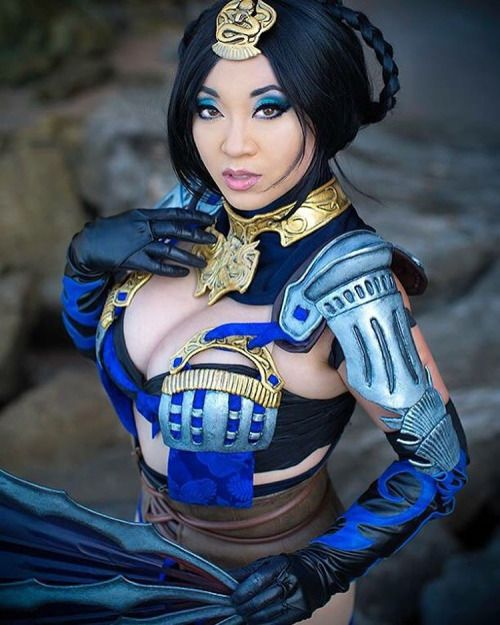 Yaya Han - as Kitana from Mortal Kombat X (without the mask)