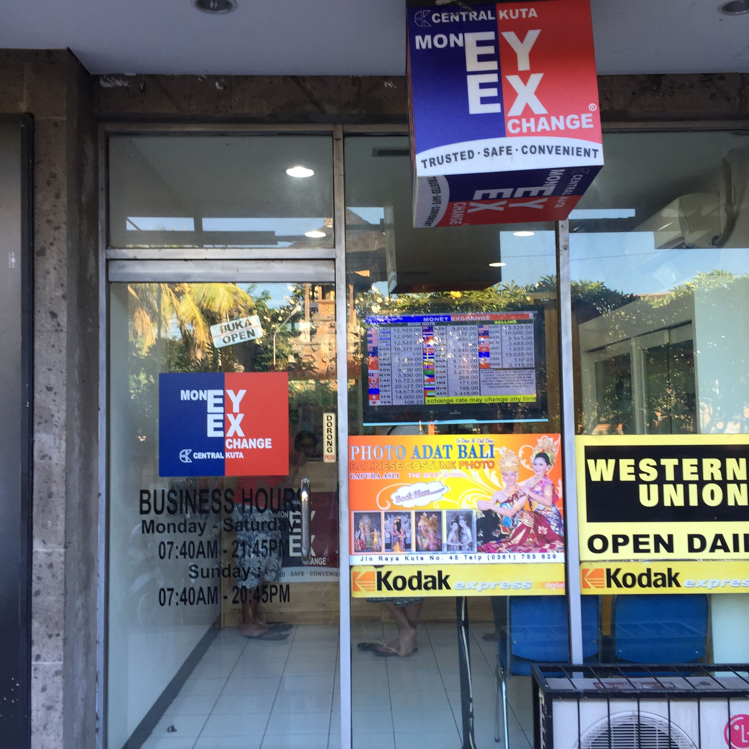 Recommend Here For Money Exchange At Pt Central Kuta