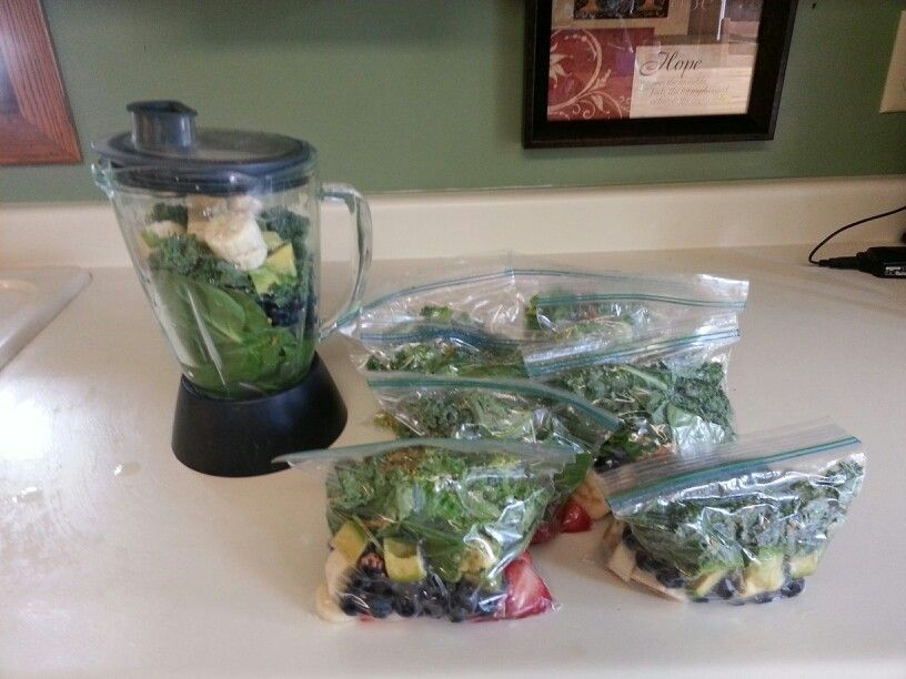 Healthy green smoothie combos made for the week! Save yourself time and make enough for the week. Just store them in the freezer and throw them in the blender with a little water ( about 1-1/2 to 2 cups) in the mornings. I use a mix of kale, spinach, avocado, blueberries, bananas and flax seed. Sometimes I mix it up and use strawberries, peaches, oranges or what I have on hand.