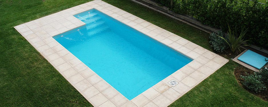 piscina minimalista piscinas fuentes cascadas