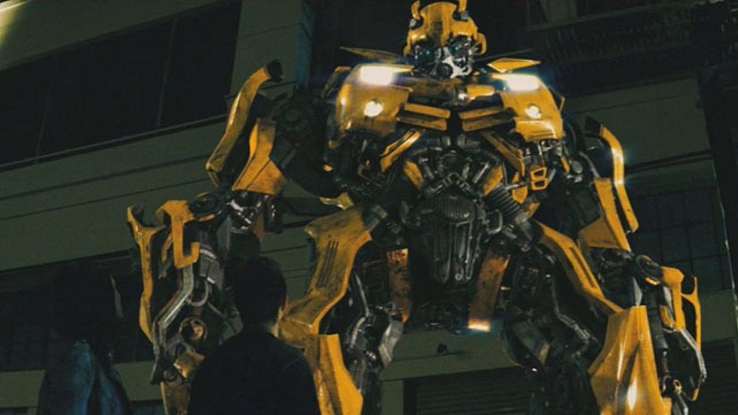 Michael Bay Confirms the BUMBLEBEE Spinoff Movie will be a Prequel Story — GeekTyrant