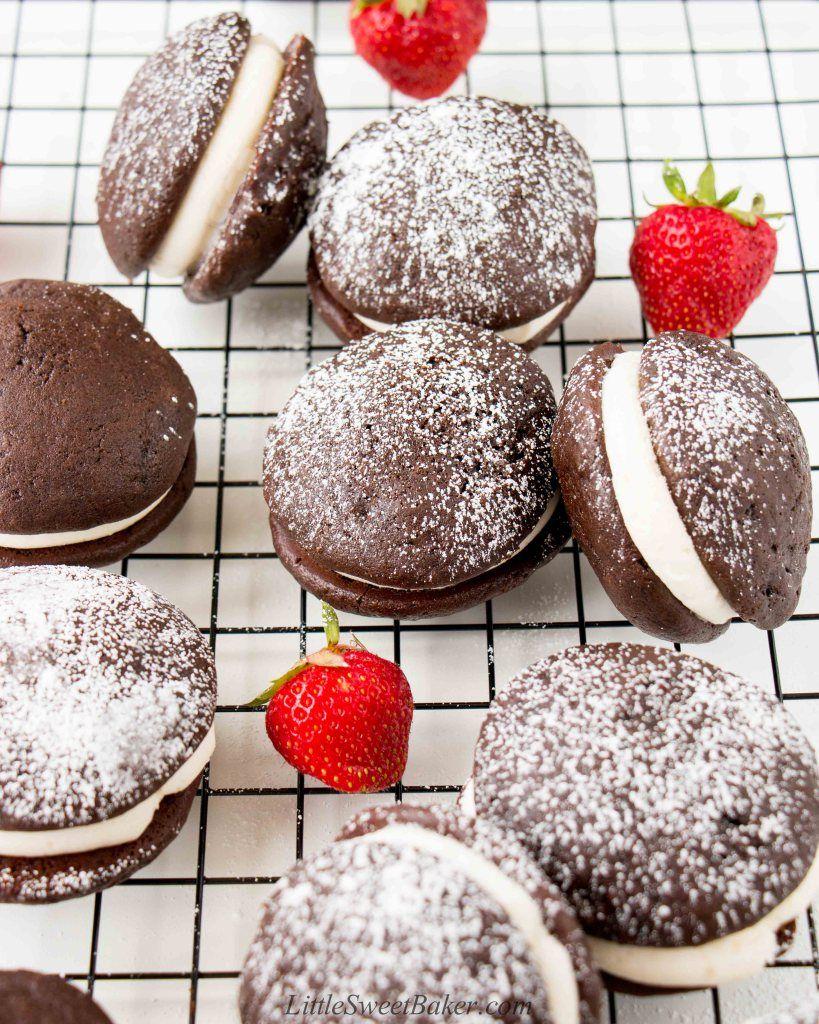 Chocolate whoopie pies recipe chocolate whoopie pies