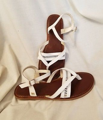 Toms women's sandals 8.5 Lexie white leather gladiator flats buckle ankle  strap SOLD