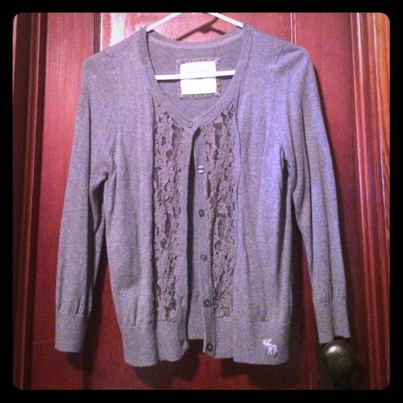 Abercrombie and Fitch sweater Gray Abercrombie and Fitch button down sweater Abercrombie & Fitch Sweaters Cardigans