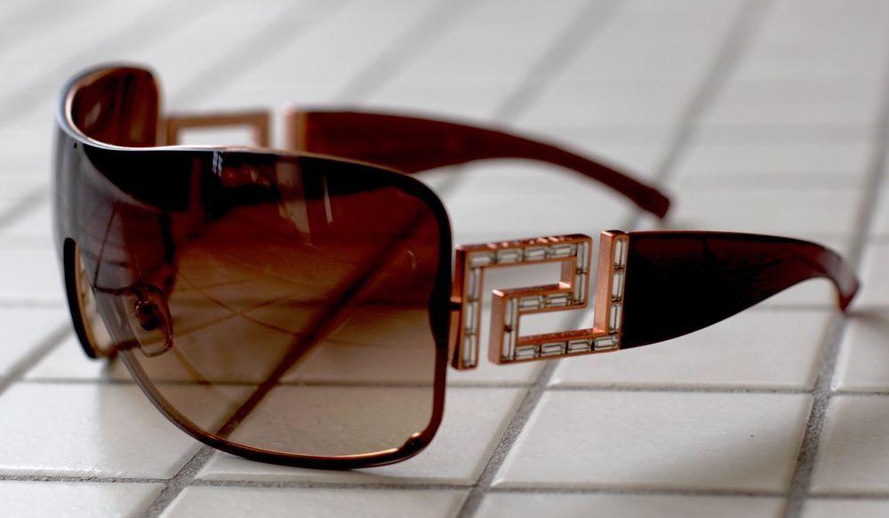 e540c2832f0 Versace Sunglasses Mod 2072 Authentic Vintage Women or Men  Versace ...