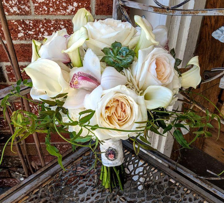 #Wildflowers #whiteweddingflower