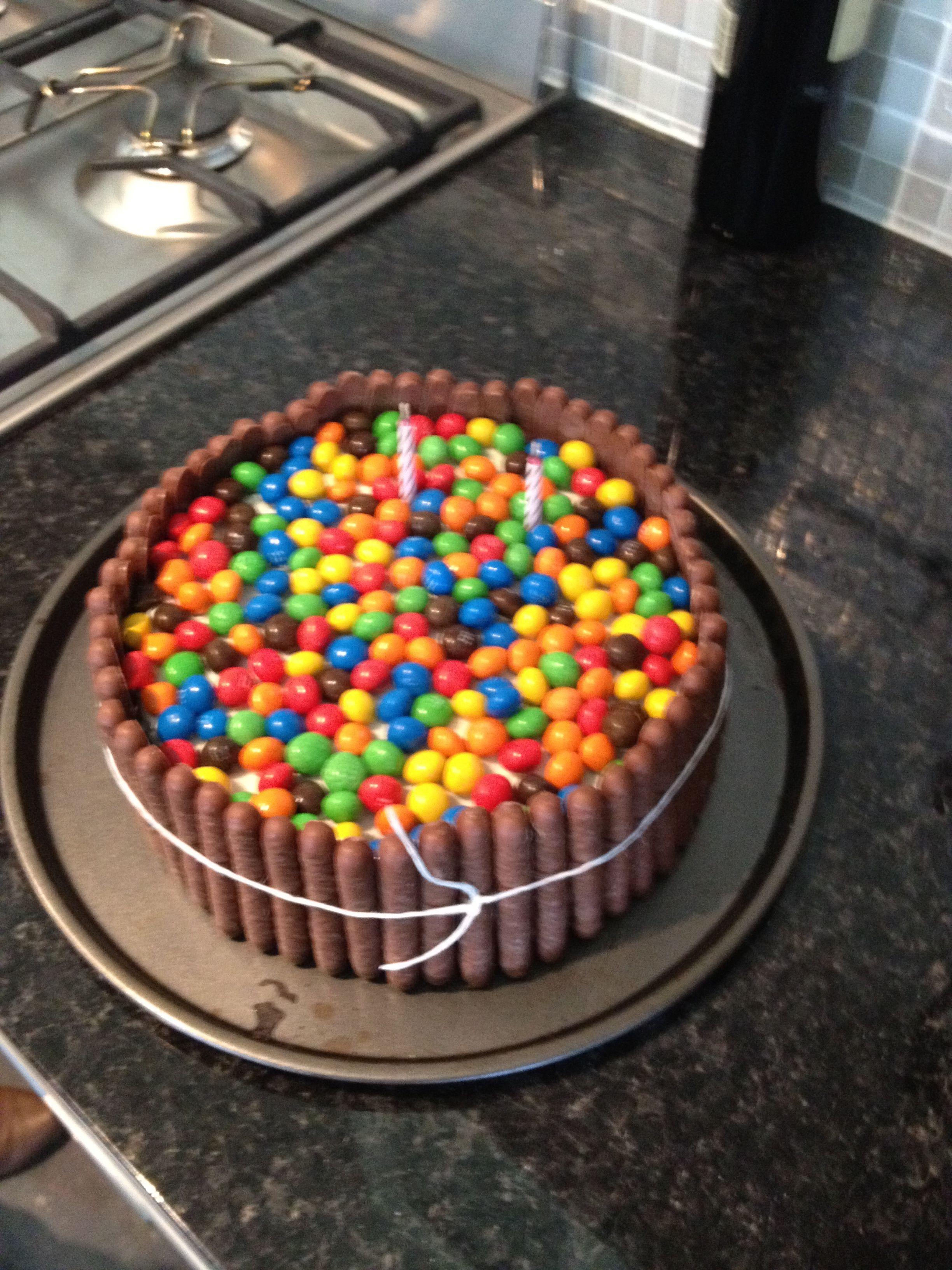 Yummy Lollie Cake