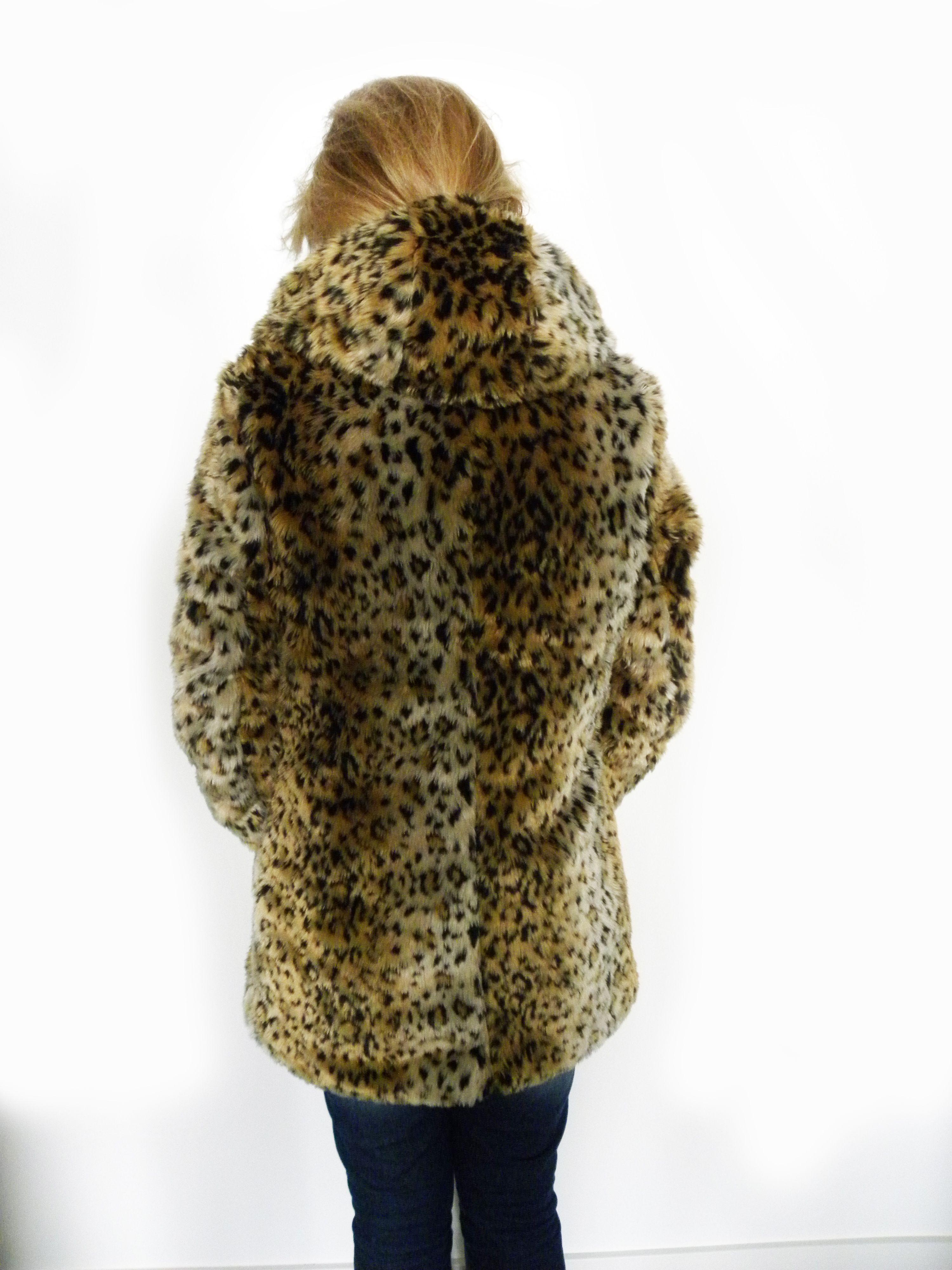Winterjas Lang Capuchon.Nieuw Fake Fur Winterjas Met Panterprint Lang Model Met Capuchon