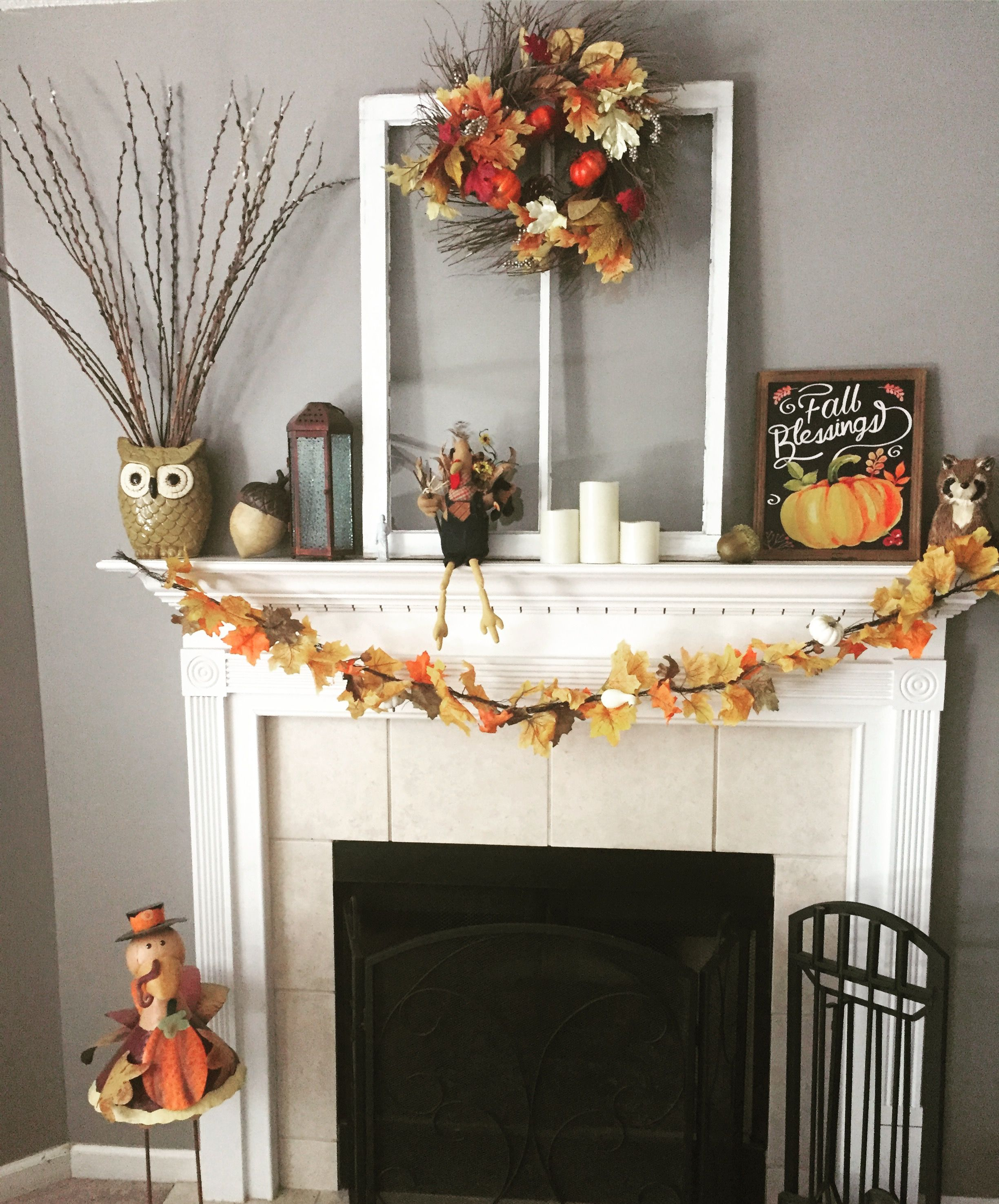 Fall and thanksgiving mantle decorating idea on a budget