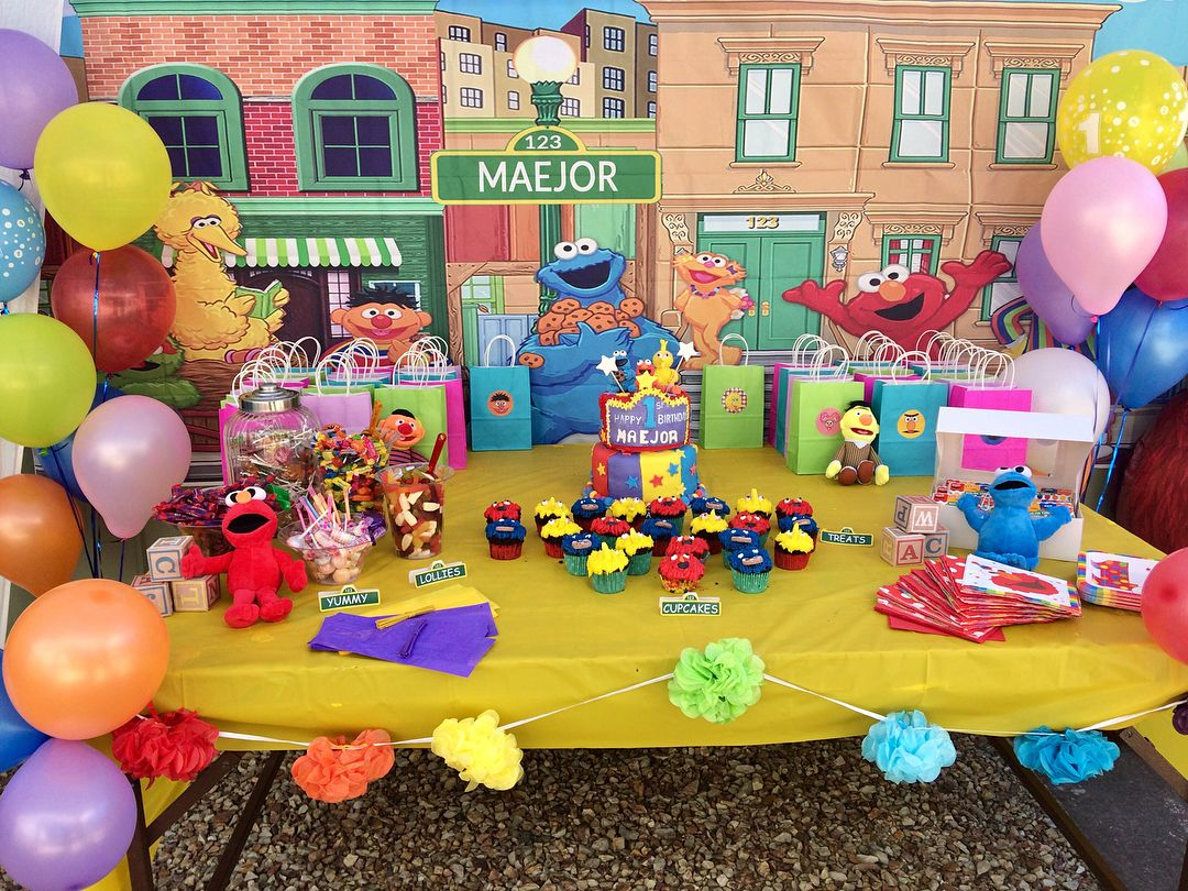 Had A Blast Setting Up This First Birthday Sesame Street Party Full