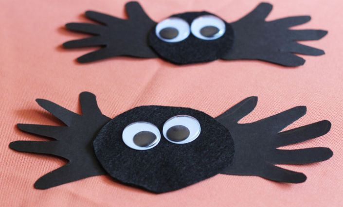 31 Easy Halloween Crafts for Preschoolers #halloweencraftsfortoddlers