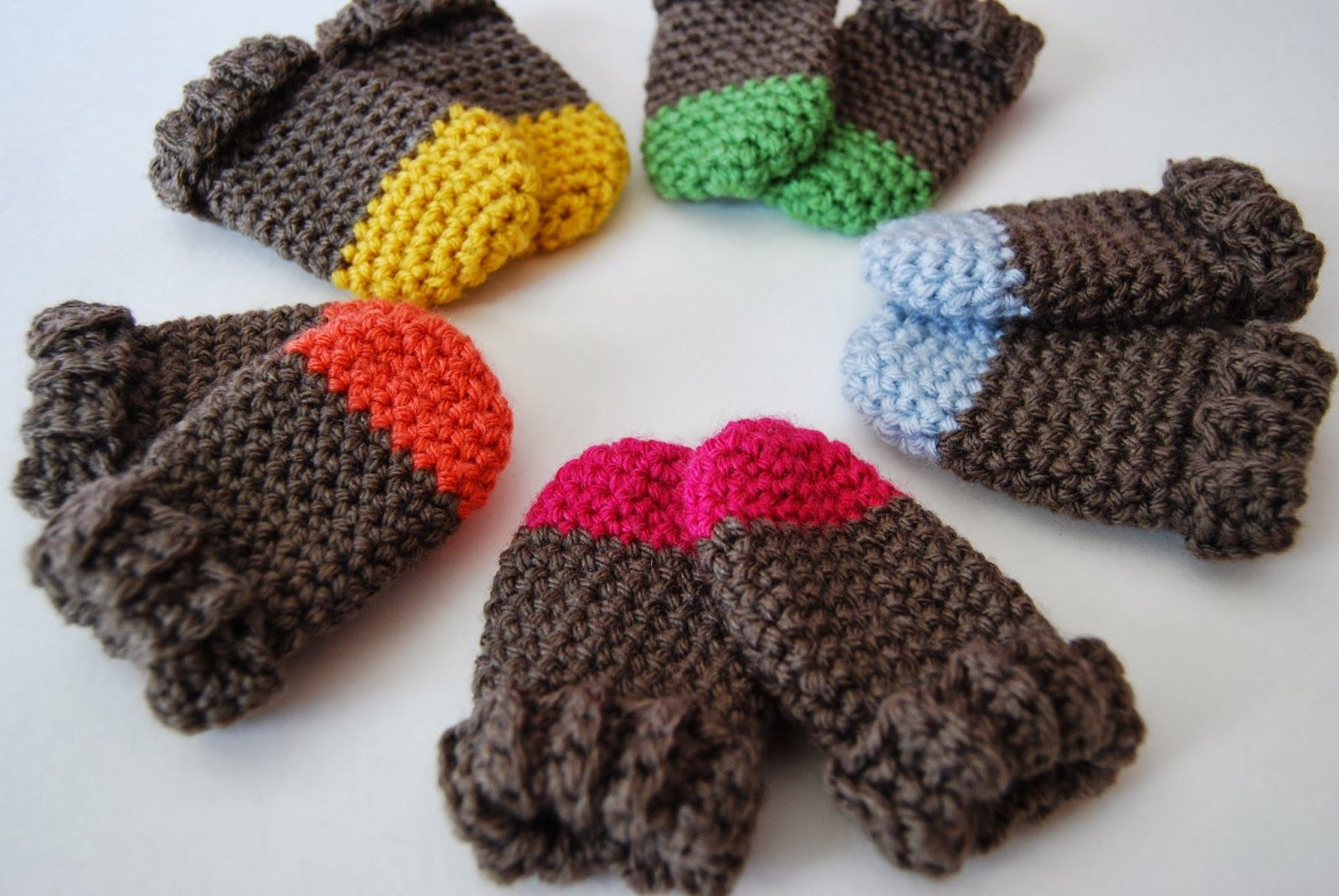 toddler thumbless mittens crochet | Two Tone Baby Mittens Crochet ...