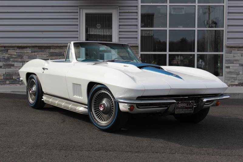 1967 Corvette Convertible For Sale In New York 427 390hp Ccas Certified Rare Color Comb In 2020 Corvette Convertible White Corvette Corvette