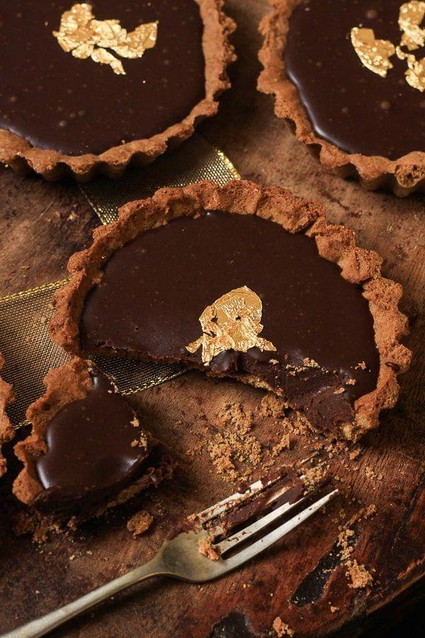 Chocolate and Gingerbread Five Spice Tarts #flowerlesschocolatecake