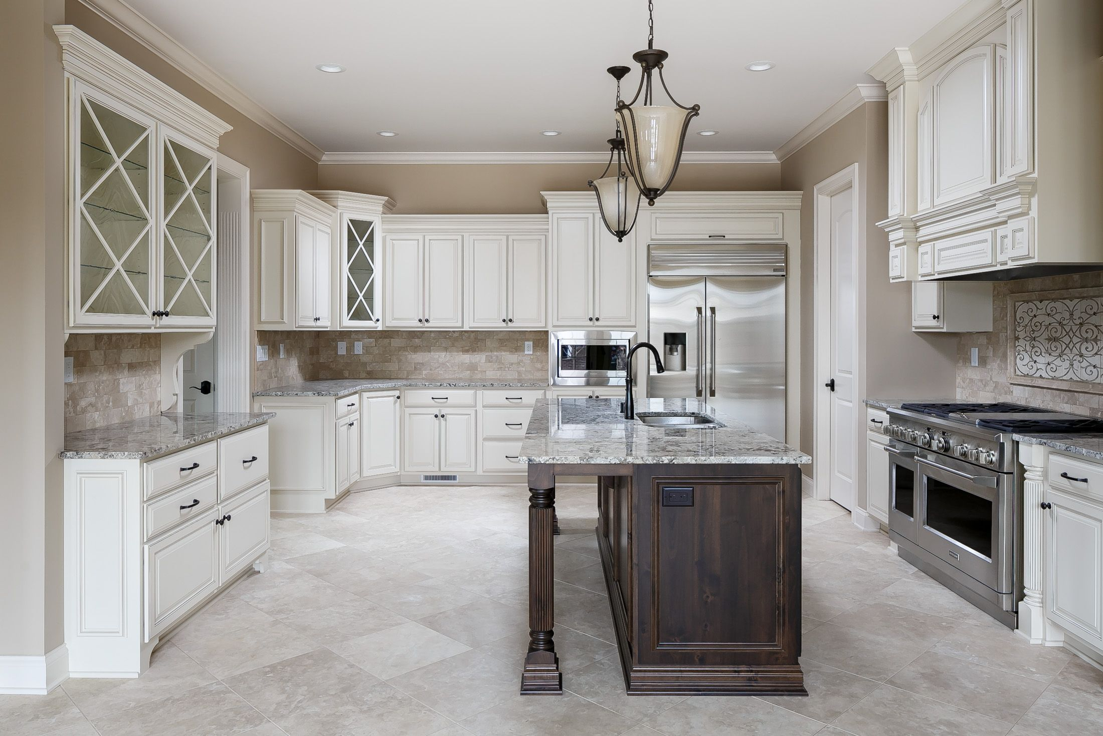 Beautiful italianate inspired kitchen with dine in island