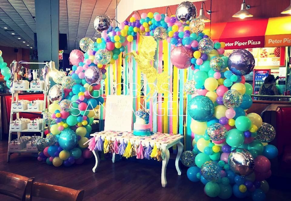 unicorn balloon decor at peter piper pizza unicorn party