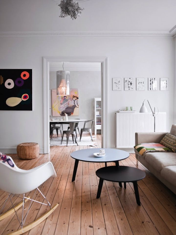 A White Interior Design With Wooden Flooring Interior Home Living Room House Interior