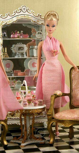 Pin von Hellen Rose auf Inspirational Life: Vintage Barbie Pin-Up ...