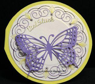 Kreatives Allerlei - runde Fadengrafikkarte mit Schmetterling