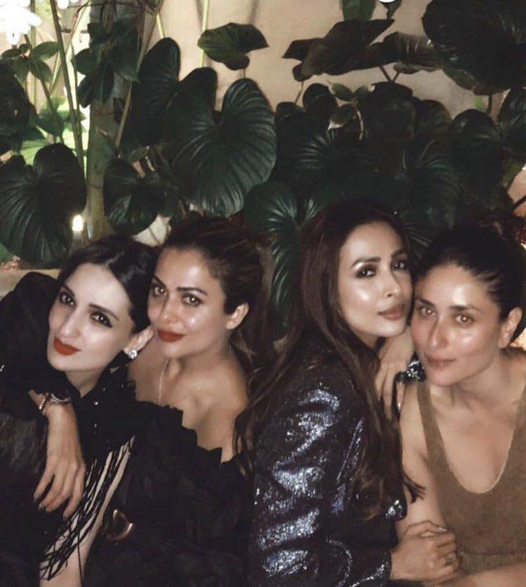 Begum Bebo Looking A Little Bored By The Obligatory Xmas Party Alia Bhatt Photoshoot Katrina Kaif Kareena Kapoor