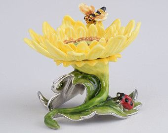 Faberge girasol amarillo estilo caja de la baratija hecha a mano por Keren Kopal decorado con cristales Swarovski