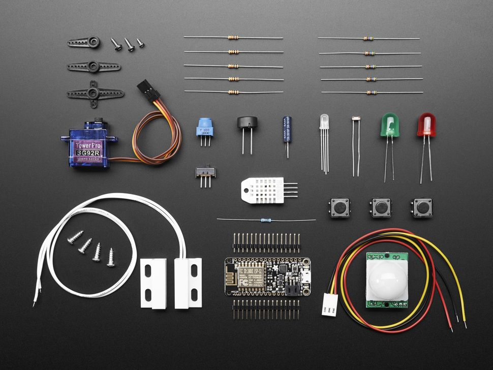 Huzzah! Adafruit io Internet of Things Feather ESP8266 | Arduino