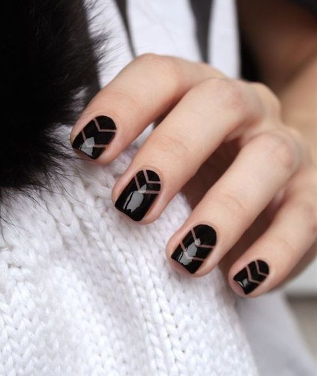 A dark manicure with linear nail art details will make for the perfect black -on-black combo. - A Dark Manicure With Linear Nail Art Details Will Make For The