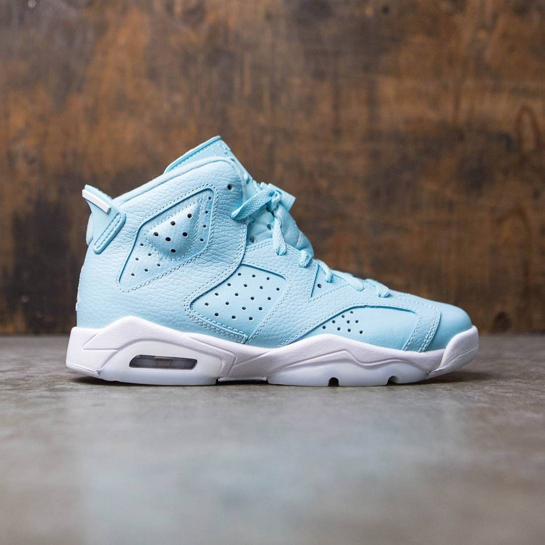 promo code bf946 3fd15 Jordan Big Kids Girls  Air Jordan 6 Retro (GS) (still blue   white-white)