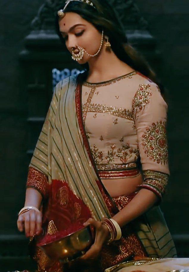 Pin by AnyaLeFloyd on Deepika Padukone   Embroidery blouse ...