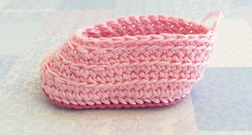 FREE CROCHET PATTERN: Mila baby booties - Maki Crochet Patterns ...