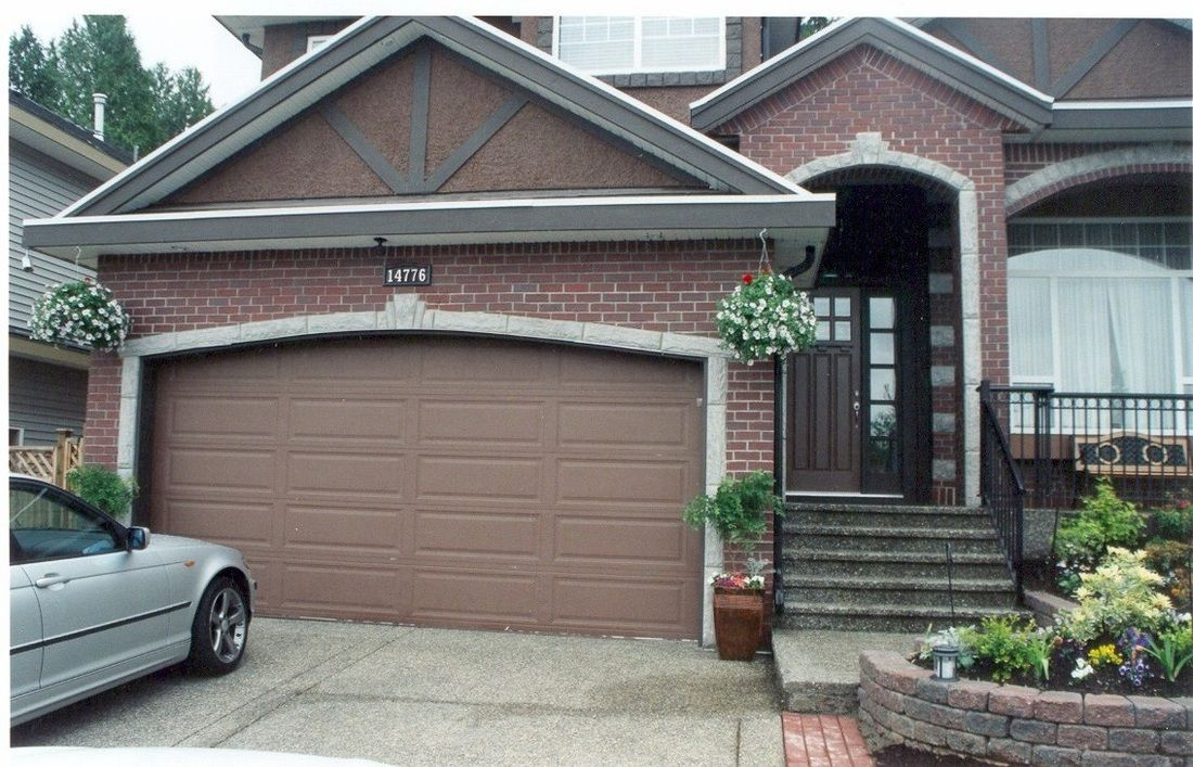 High Archway Over Door With Deep Porch Will Make Garage Less Prominent Garage Door Design Garage Doors Automatic Garage Door