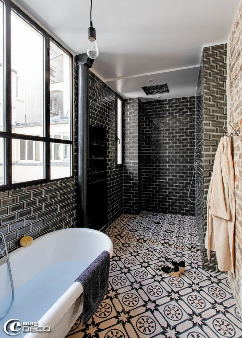 Salle de bain esprit atelier recherche google salle de for Carrelage style metro parisien