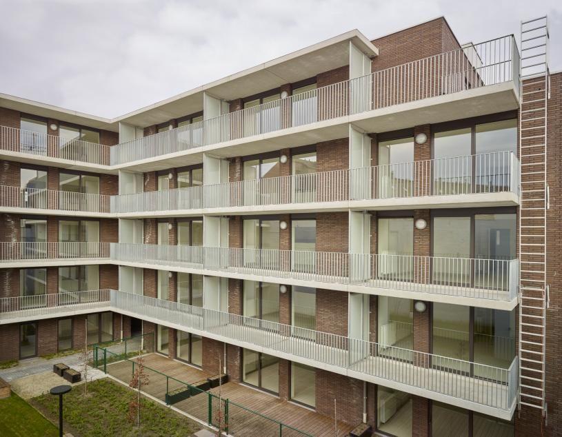 Viaductdam/Bredastraat Antwerpen / a33 architecten Leuven / Dam / Park Spoor Noord / sociale woningbouw / ABC